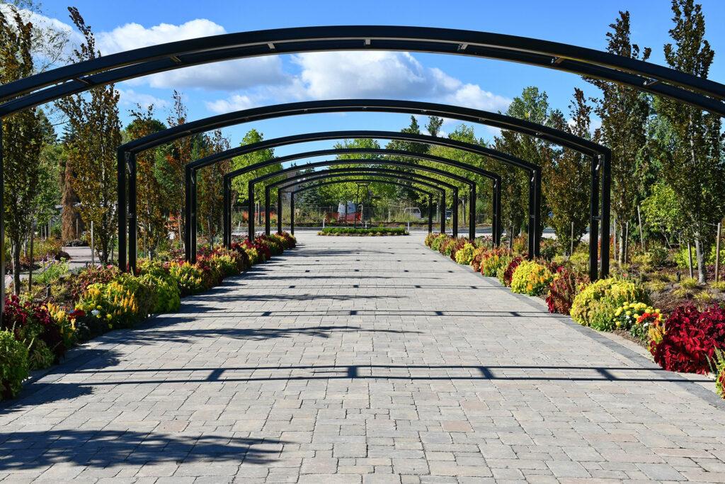 "Photo of Pillar & Post, ""The Gardens"" by SDG"