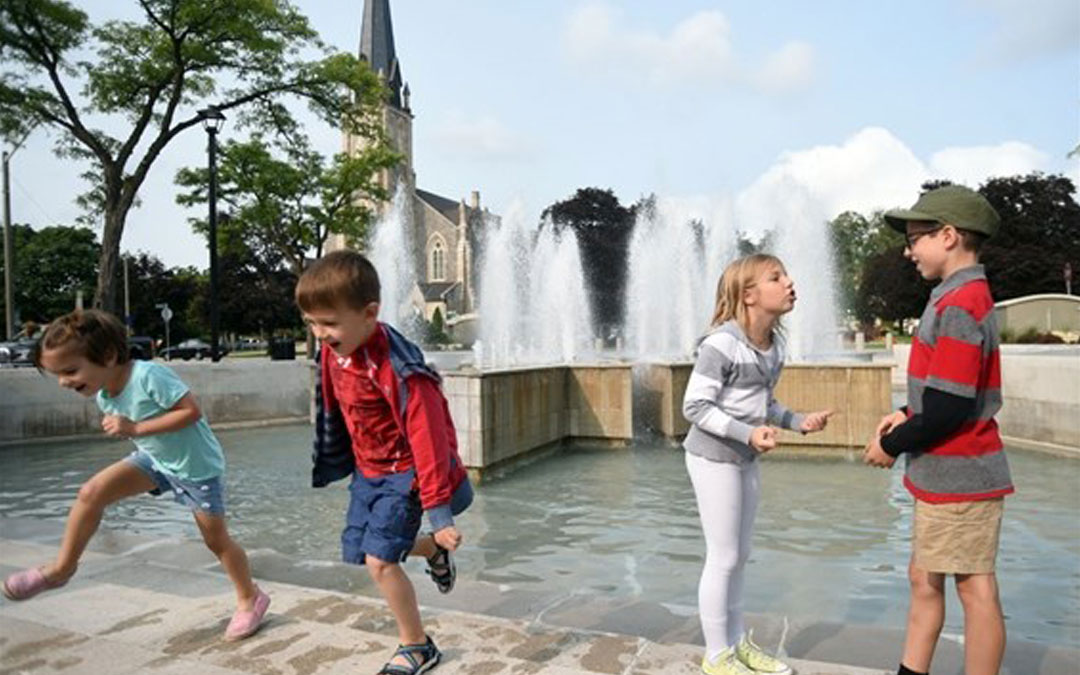 The Centennial Fountain in the middle of Queen's Square reopened to the public on Thursday after renovations wrapped up last week