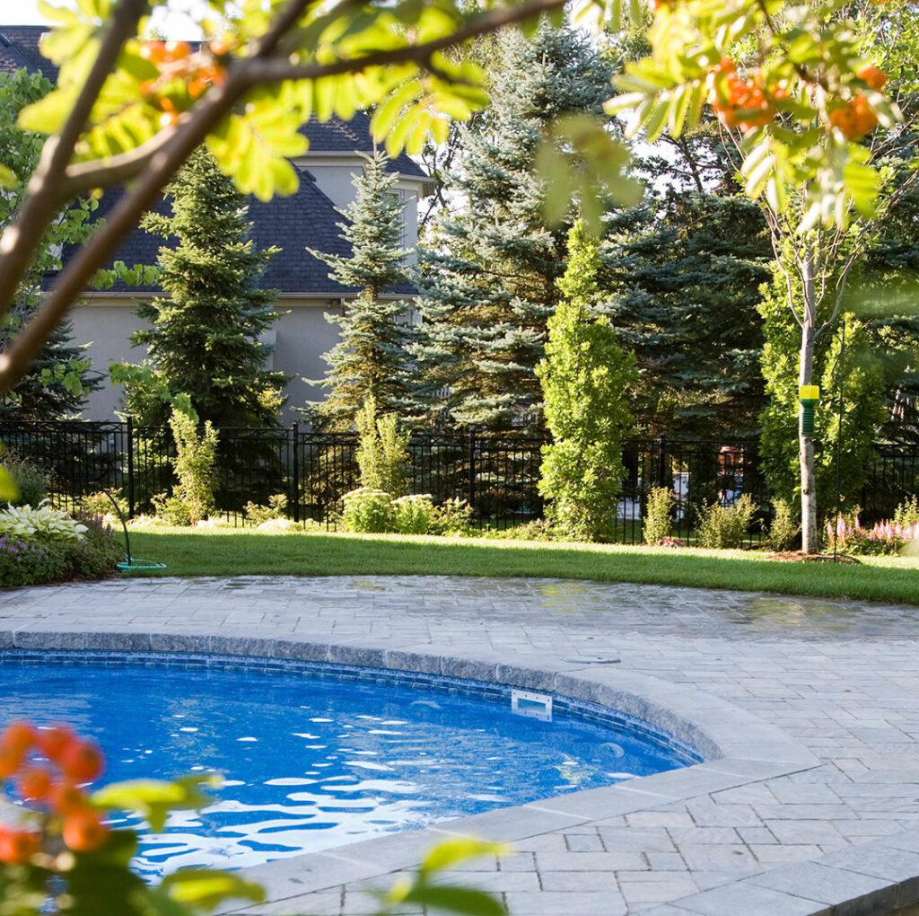 photo of pool at Tran House